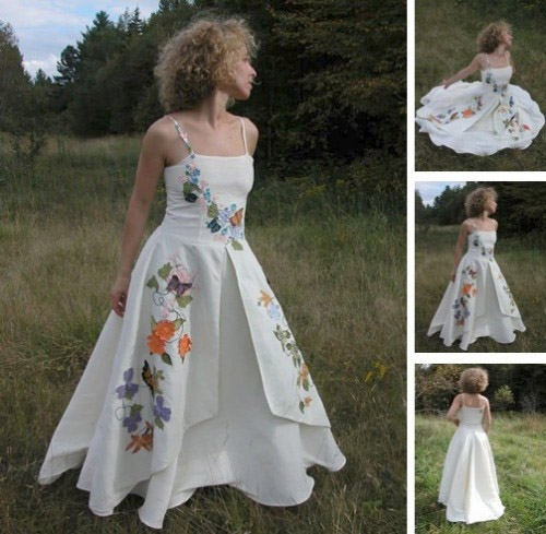 Fiorella for Elise made of hemp, silk and colorful floral appliqués Tara Lynn is known