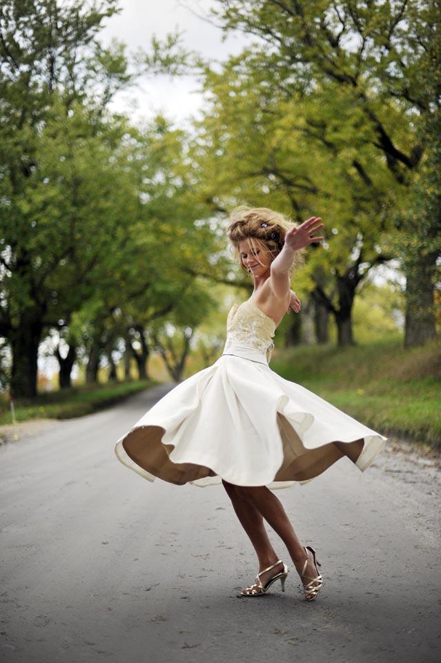 Chiara- A natural wedding dress with vintage lace by Tara Lynn Bridal