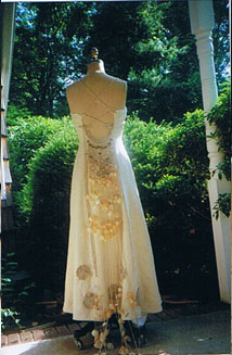 Unique and Alternative Wedding Dress Trains